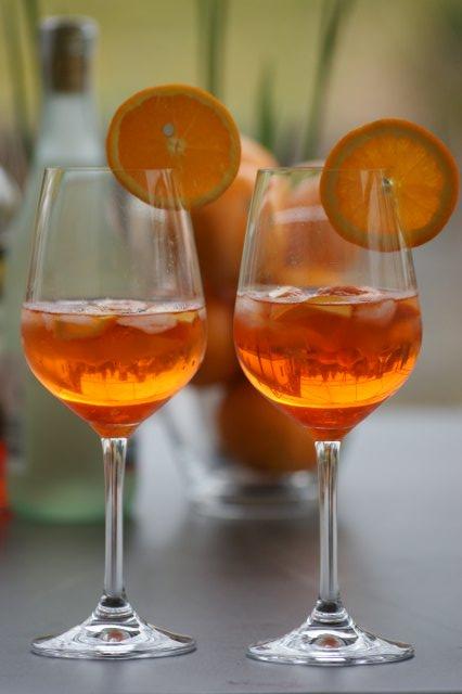 cocktails mit sekt und sirup